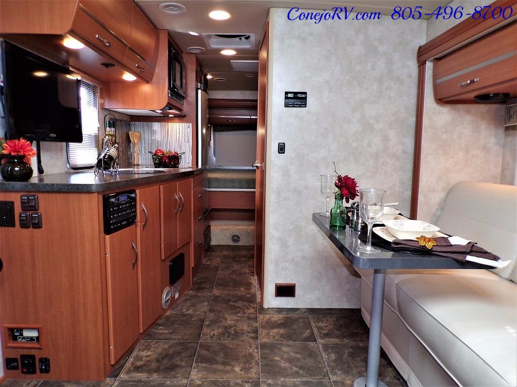 2012 Winnebago Itasca Navion 24G 2-Slide Full Paint  15k Miles - Photo 5 - Thousand Oaks, CA 91360
