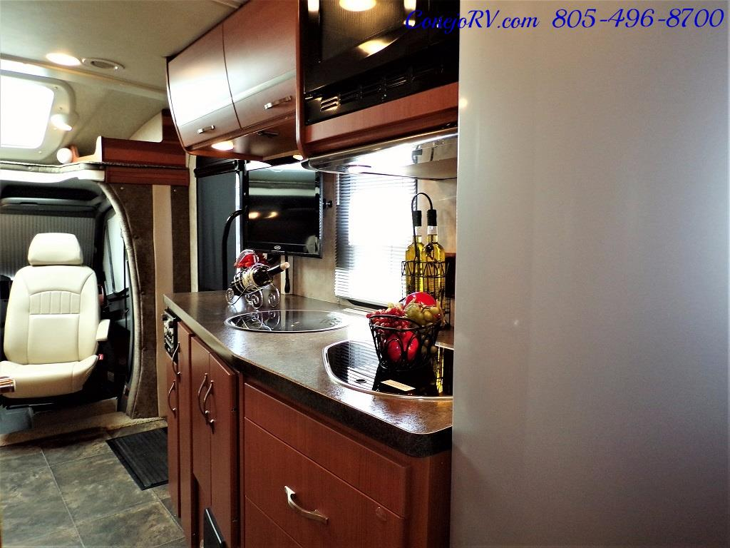 2012 Winnebago Itasca Navion 24G 2-Slide Full Paint  15k Miles - Photo 24 - Thousand Oaks, CA 91360