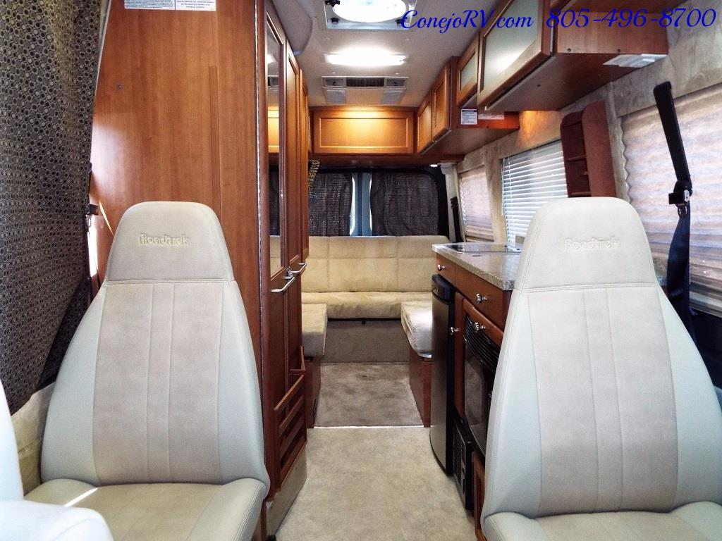 2012 Roadtrek RS Adventurous 23ft Class B Mercedes Sprinter - Photo 27 - Thousand Oaks, CA 91360