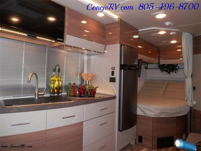 2017 Winnebago Itasca Navion 24J Slide-Out Full Body Paint Diesel - Photo 13 - Thousand Oaks, CA 91360
