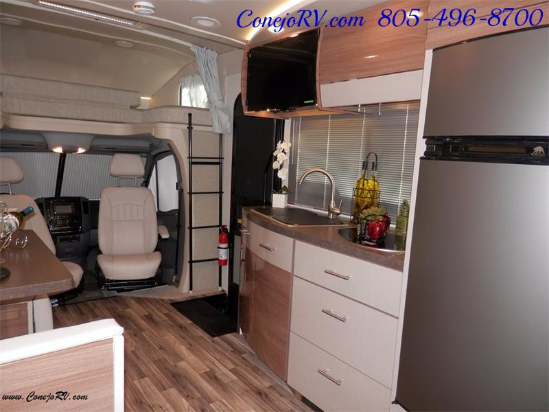 2017 Winnebago Itasca Navion 24J Slide-Out Full Body Paint Diesel - Photo 24 - Thousand Oaks, CA 91360