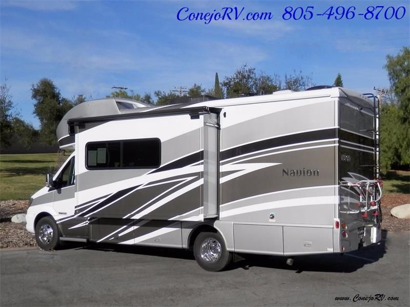 2017 Winnebago Itasca Navion 24J Slide-Out Full Body Paint Diesel - Photo 4 - Thousand Oaks, CA 91360