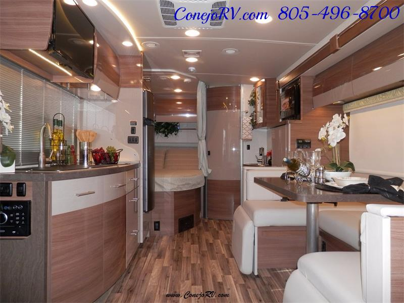 2017 Winnebago Itasca Navion 24J Slide-Out Full Body Paint Diesel - Photo 7 - Thousand Oaks, CA 91360