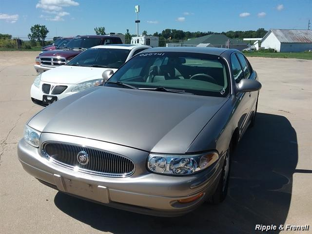 2002 Buick LeSabre Limited - Photo 1 - Davenport, IA 52802