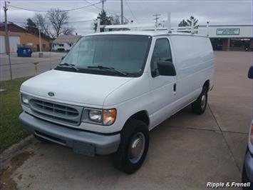 1998 Ford E-Series Van E-350 - Photo 1 - Davenport, IA 52802