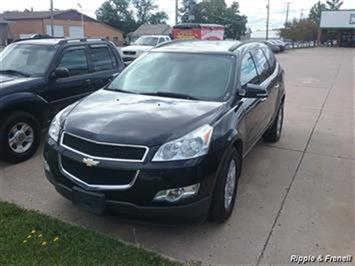 2011 Chevrolet Traverse LT - Photo 1 - Davenport, IA 52802