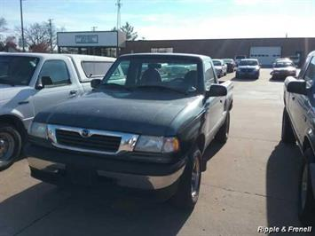 1999 Mazda B-Series Pickup B2500 TL - Photo 1 - Davenport, IA 52802