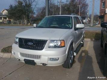 2005 Ford Expedition Limited - Photo 1 - Davenport, IA 52802