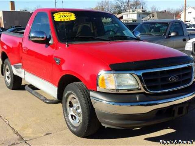 2002 Ford F-150 XLT - Photo 1 - Davenport, IA 52802