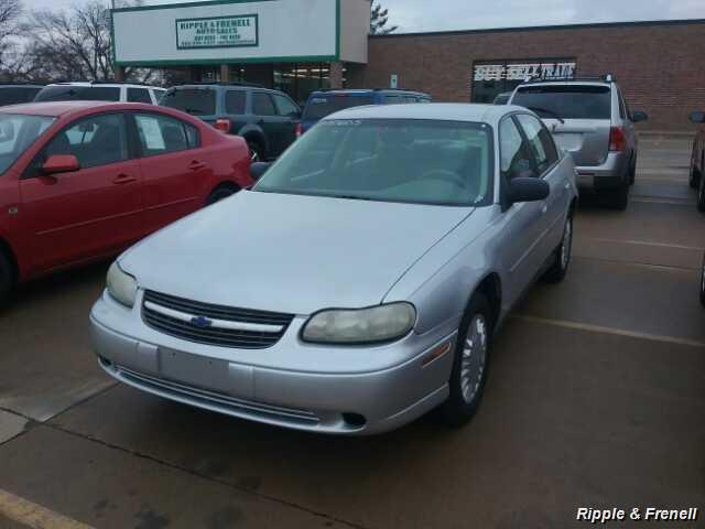 2003 Chevrolet Malibu - Photo 1 - Davenport, IA 52802