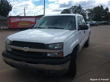 2004 Chevrolet Silverado 2500 Work Truck 4dr Extended Cab Work Truck - Photo 1 - Davenport, IA 52802