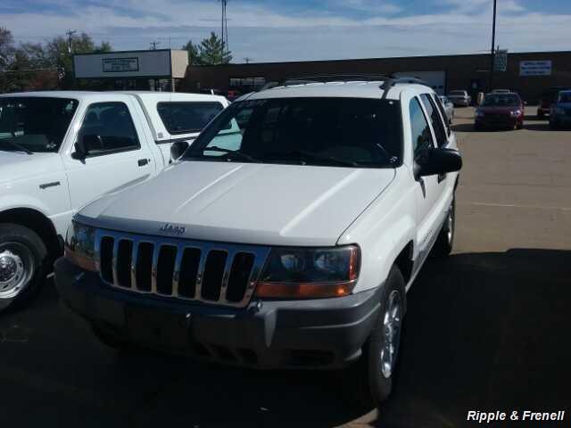 1999 Jeep Grand Cherokee Laredo 4dr Laredo - Photo 1 - Davenport, IA 52802