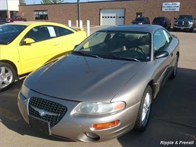 1998 Chrysler Sebring LXi - Photo 1 - Davenport, IA 52802