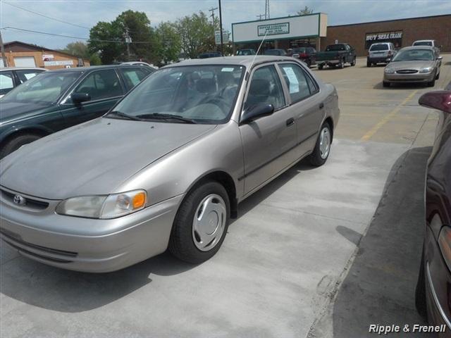 1998 Toyota Corolla LE - Photo 2 - Davenport, IA 52802