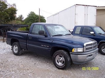 2001 Dodge Ram 1500 SLT - Photo 1 - Angola, IN 46703