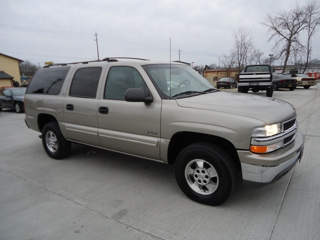 2000 chevrolet suburban 1500 ls for sale in cincinnati oh stock 11175. Black Bedroom Furniture Sets. Home Design Ideas