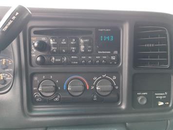 2002 Chevrolet Silverado 2500 LS 4dr Extended Cab - Photo 17 - Cincinnati, OH 45255