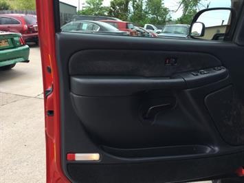 2002 Chevrolet Silverado 2500 LS 4dr Extended Cab - Photo 23 - Cincinnati, OH 45255