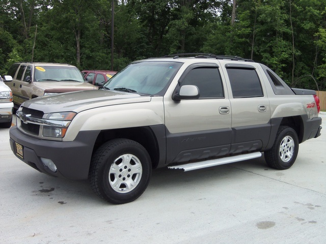 2003 chevrolet avalanche 1500 for sale in cincinnati oh. Black Bedroom Furniture Sets. Home Design Ideas