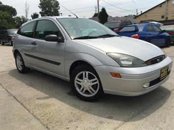 2003 Ford Focus ZX3 - Photo 10 - Cincinnati, OH 45255