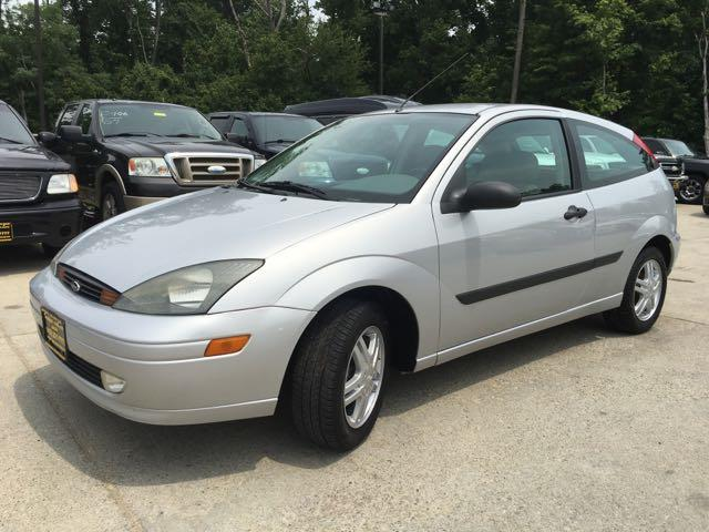 2003 Ford Focus ZX3 - Photo 11 - Cincinnati, OH 45255