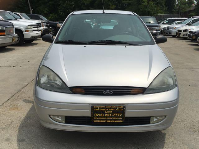 2003 Ford Focus ZX3 - Photo 2 - Cincinnati, OH 45255