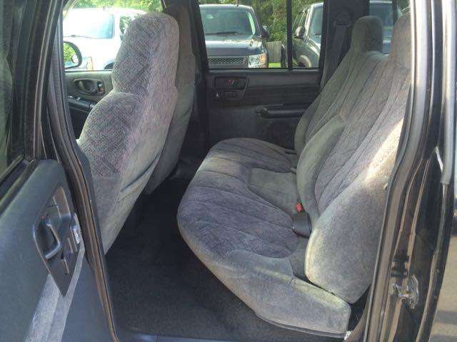 2002 Chevrolet S-10 LS - Photo 15 - Cincinnati, OH 45255