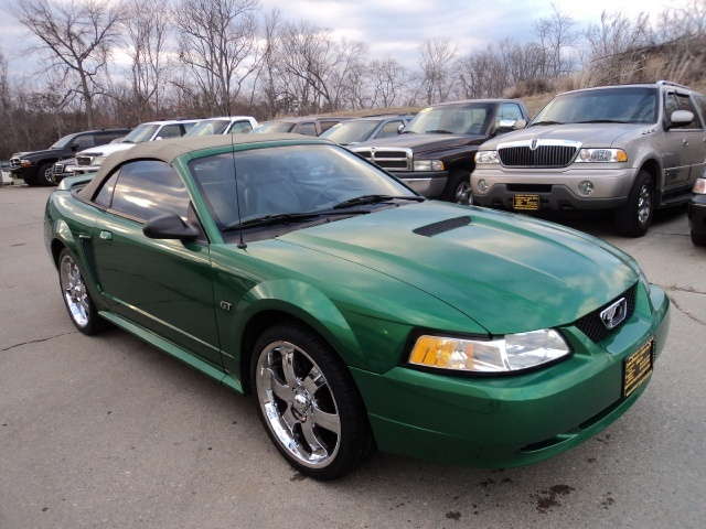 2000 ford mustang gt for sale in cincinnati oh stock 10543. Black Bedroom Furniture Sets. Home Design Ideas