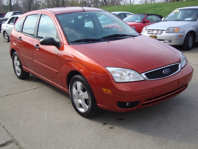 focus zx5 2005 ford ses hatchback cincinnati oh application credit start