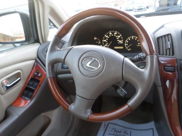 2003 Lexus RX 300 - Photo 19 - Cincinnati, OH 45255