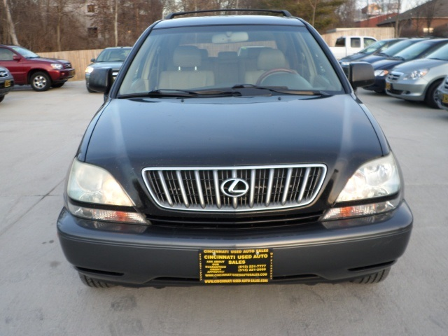 2003 Lexus RX 300 - Photo 2 - Cincinnati, OH 45255