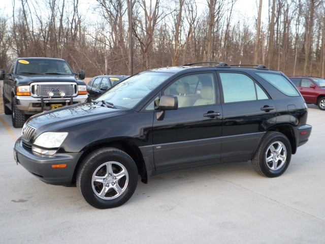 2003 Lexus RX 300 - Photo 3 - Cincinnati, OH 45255