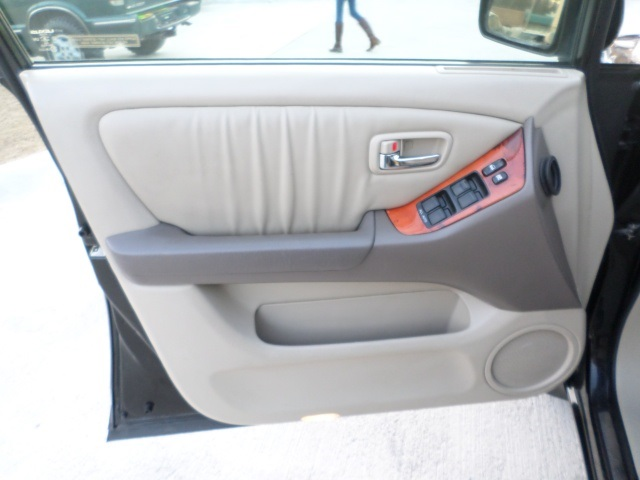 2003 Lexus RX 300 - Photo 23 - Cincinnati, OH 45255