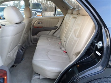 2003 Lexus RX 300 - Photo 15 - Cincinnati, OH 45255