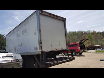 2007 Freightliner Business Class M2 - Photo 4 - Cincinnati, OH 45255