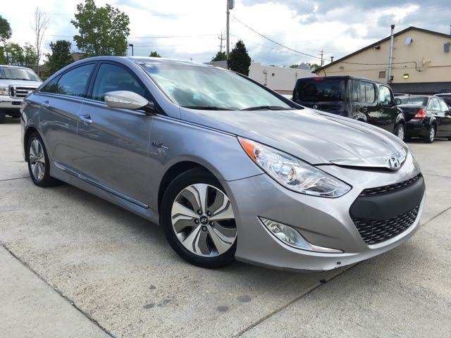2013 Hyundai Sonata Hybrid Limited - Photo 10 - Cincinnati, OH 45255