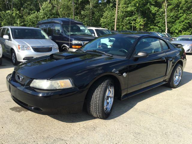 2004 Ford Mustang GT Deluxe - Photo 10 - Cincinnati, OH 45255
