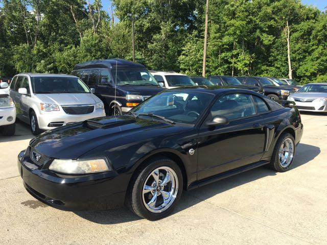 2004 Ford Mustang GT Deluxe - Photo 3 - Cincinnati, OH 45255