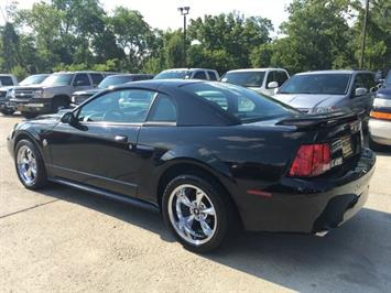 2004 Ford Mustang GT Deluxe - Photo 4 - Cincinnati, OH 45255