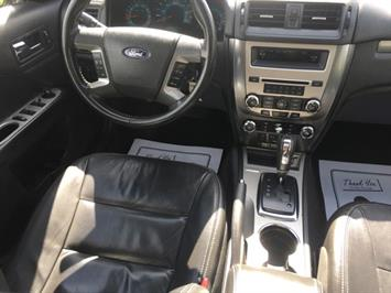 2010 Ford Fusion SEL - Photo 6 - Cincinnati, OH 45255