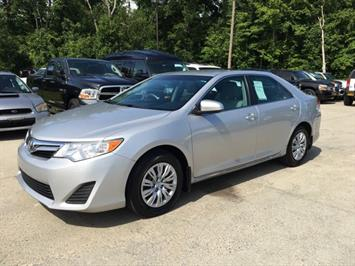 2012 Toyota Camry LE - Photo 3 - Cincinnati, OH 45255