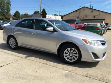 2012 Toyota Camry LE - Photo 10 - Cincinnati, OH 45255