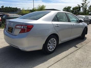 2012 Toyota Camry LE - Photo 13 - Cincinnati, OH 45255