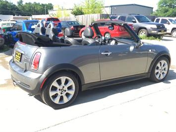 2006 Mini Cooper S - Photo 6 - Cincinnati, OH 45255