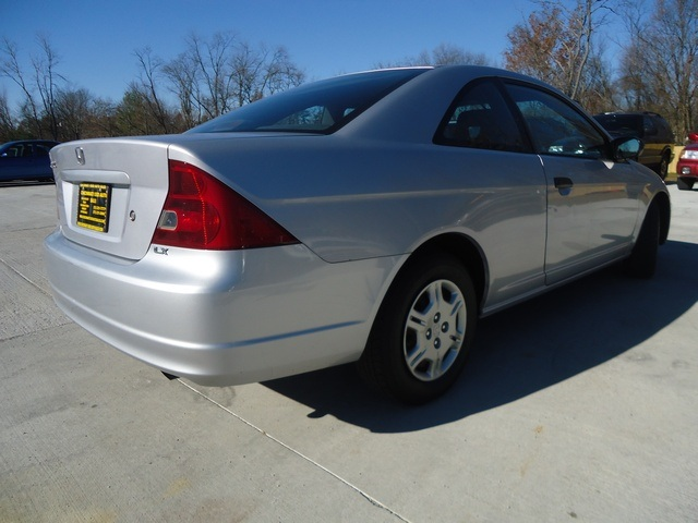 2001 Honda Civic LX - Photo 13 - Cincinnati, OH 45255
