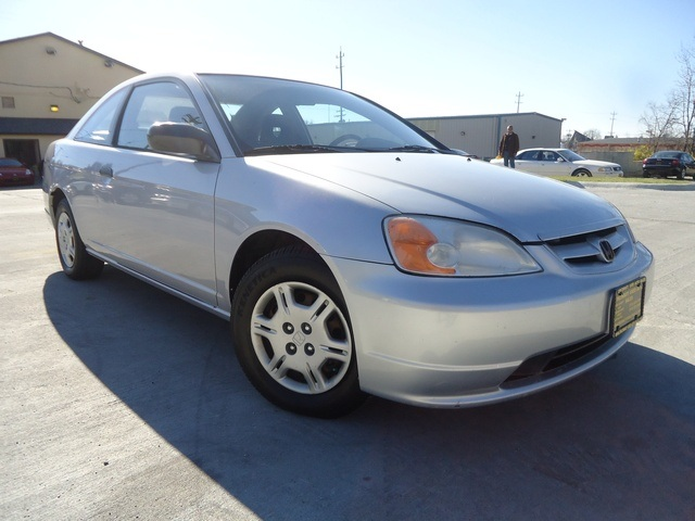 2001 Honda Civic LX - Photo 10 - Cincinnati, OH 45255
