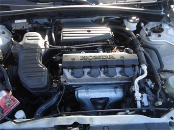 2001 Honda Civic LX - Photo 26 - Cincinnati, OH 45255