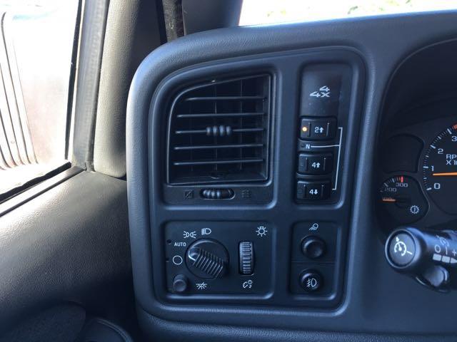 2003 Chevrolet Silverado 2500 LT 4dr Extended Cab LT - Photo 19 - Cincinnati, OH 45255