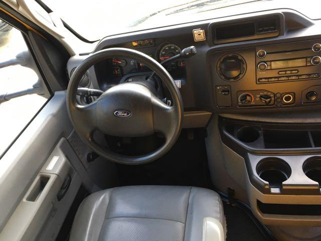 2011 Ford E-Series Van E-350 - Photo 7 - Cincinnati, OH 45255