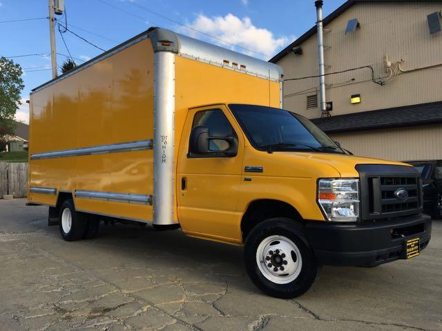 2011 Ford E-Series Van E-350 - Photo 10 - Cincinnati, OH 45255